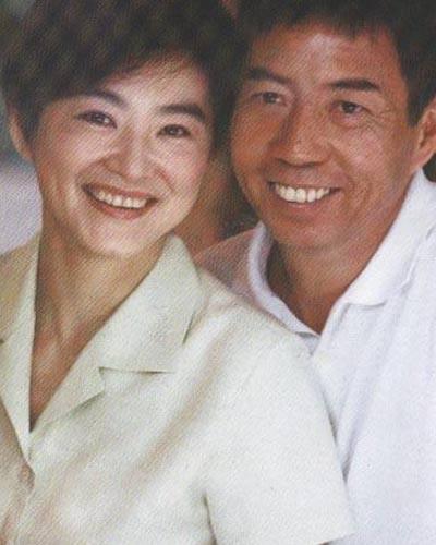 Đông Phương Bất Bại Lâm Thanh Hà: Mang danh hồ ly giật chồng 20 năm và cuộc hôn nhân tức tưởi với tỷ phú Hong Kong-7