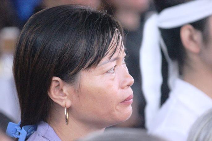 Người dân quê nhà rơi lệ xem Lễ truy điệu Chủ tịch nước Trần Đại Quang-18