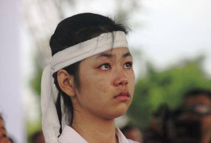 Người dân quê nhà rơi lệ xem Lễ truy điệu Chủ tịch nước Trần Đại Quang-20