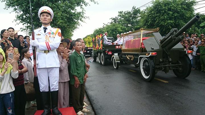 Lễ an táng Chủ tịch nước Trần Đại Quang tại quê nhà-46