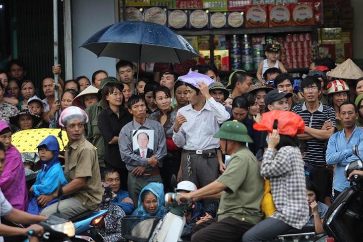 Lễ an táng Chủ tịch nước Trần Đại Quang tại quê nhà-51