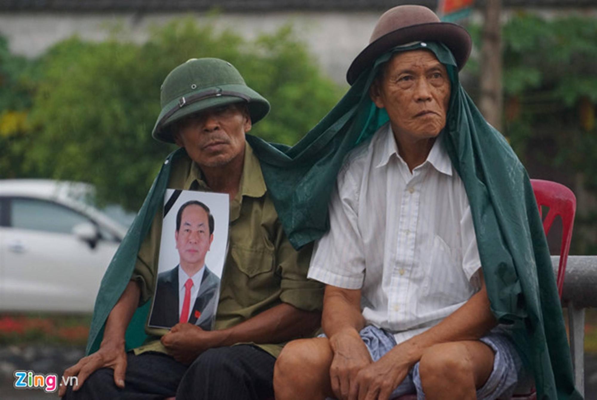 Lễ an táng Chủ tịch nước Trần Đại Quang tại quê nhà-35