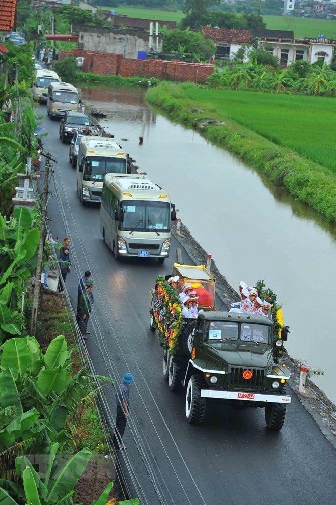 Lễ an táng Chủ tịch nước Trần Đại Quang tại quê nhà-33