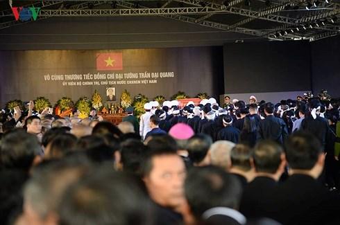 Lễ an táng Chủ tịch nước Trần Đại Quang tại quê nhà-23