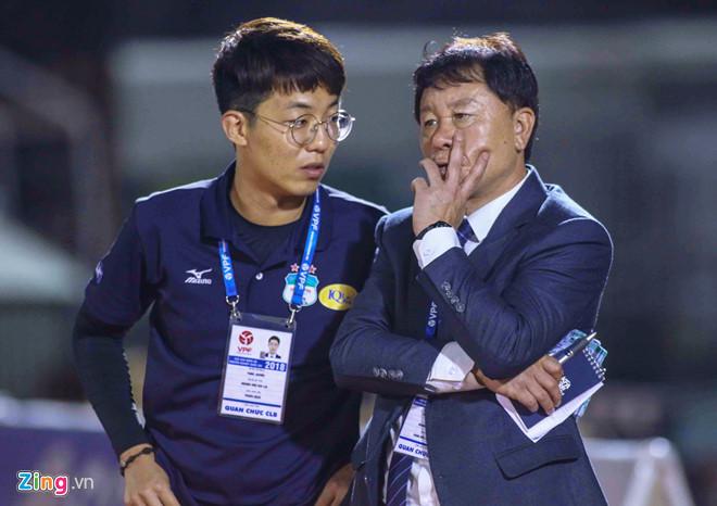 HAGL có ứng viên phiên dịch cho HLV Park Hang Seo ở AFF Cup-1