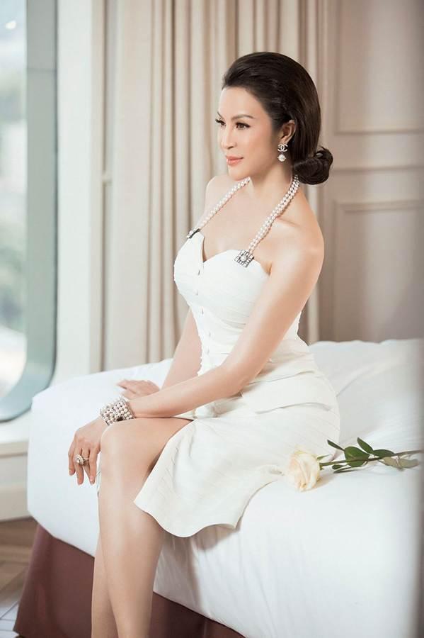 MC Thanh Mai đẹp không tì vết ở tuổi 45-4