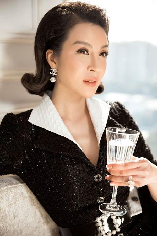MC Thanh Mai đẹp không tì vết ở tuổi 45-8