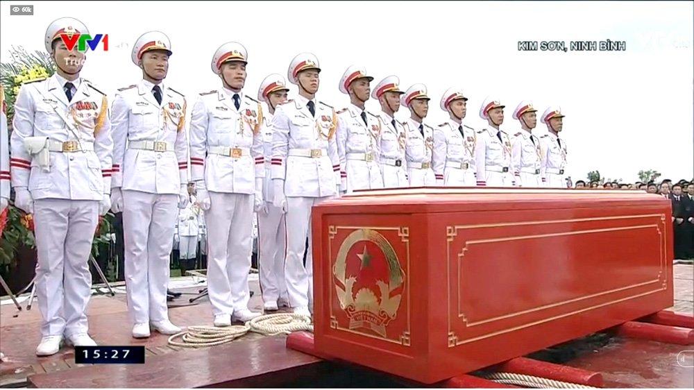 Lễ an táng Chủ tịch nước Trần Đại Quang tại quê nhà-20