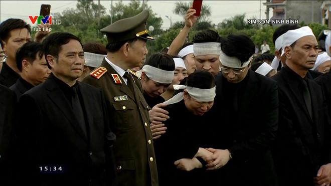 Lễ an táng Chủ tịch nước Trần Đại Quang tại quê nhà-14