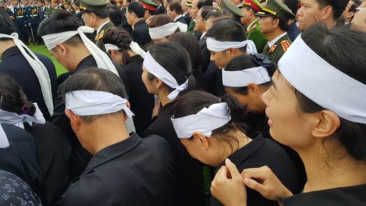 Lễ an táng Chủ tịch nước Trần Đại Quang tại quê nhà-10
