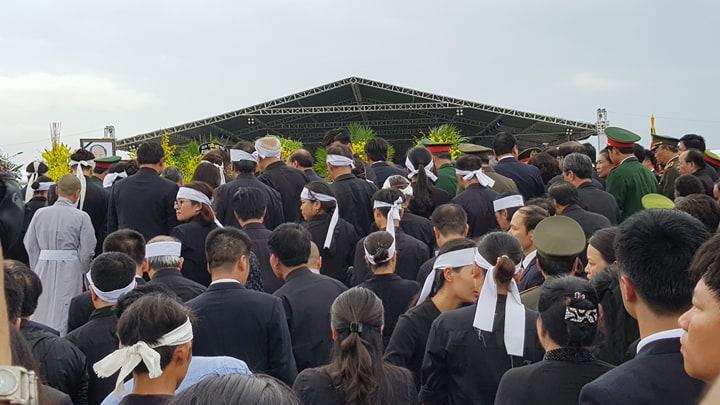 Lễ an táng Chủ tịch nước Trần Đại Quang tại quê nhà-9