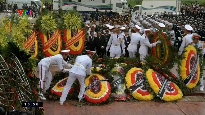 Lễ an táng Chủ tịch nước Trần Đại Quang tại quê nhà-2