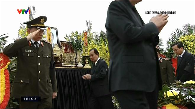 Lễ an táng Chủ tịch nước Trần Đại Quang tại quê nhà-4