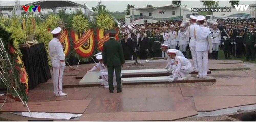 Lễ an táng Chủ tịch nước Trần Đại Quang tại quê nhà-8
