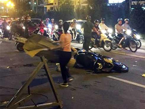 Vụ cô gái trẻ tử vong do thanh thép rơi trên đường Lê Văn Lương: Nhiều người vẫn chưa hết bàng hoàng-1
