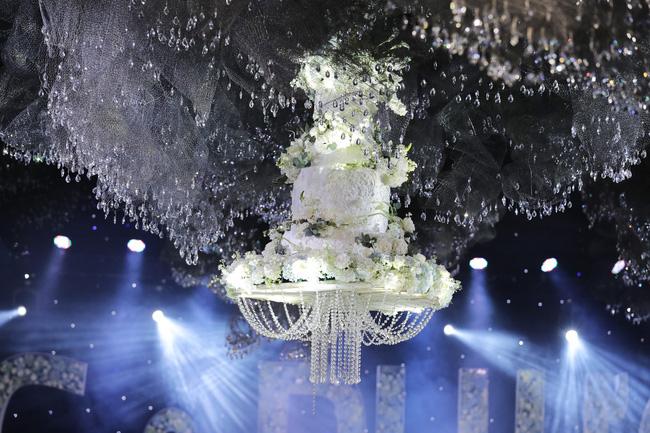 Cùng chiêm ngưỡng lại không gian tiệc cưới lộng lẫy, xa hoa như cổ tích trong đám cưới Trường Giang - Nhã Phương-2