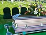 Xem ảnh Google Maps, người phụ nữ bật khóc khi tình cờ thấy người mẹ đã qua đời đang ngồi trước hiên nhà-3