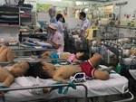 """Chưa hết lo dịch tay chân miệng, hàng loạt bà mẹ ở Đồng Nai đã hại con"""" mắc bệnh sởi nặng vì quên tiêm vắc xin-7"""