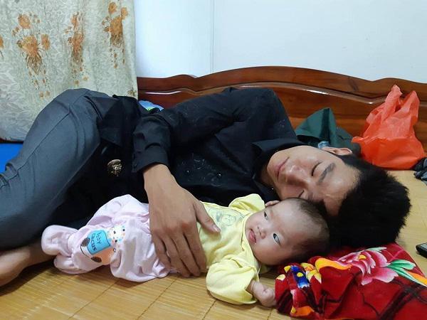 Mẹ 19 tuổi tử vong sau 3 tiếng nấc, hai bé song sinh khóc rạc cổ vì khát sữa-6