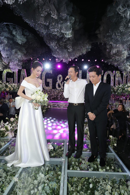 Fan mắt tròn mắt dẹt vì phát hiện điều này trong ảnh cưới Nhã Phương-2