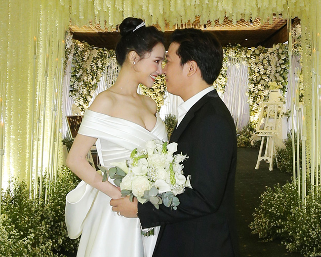 Fan mắt tròn mắt dẹt vì phát hiện điều này trong ảnh cưới Nhã Phương-10