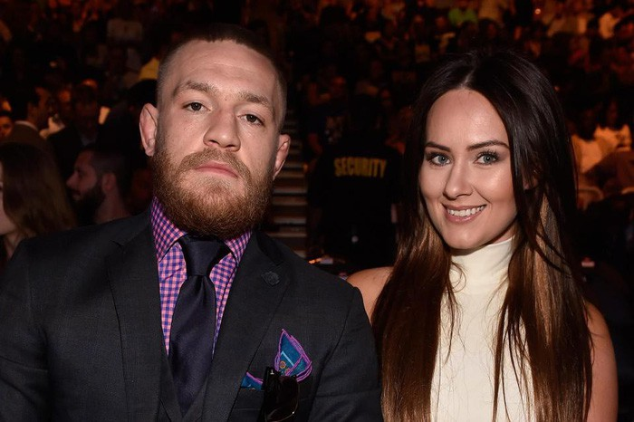 Hình bóng người vợ tuyệt vời đằng sau thành công của gã điên McGregor-1