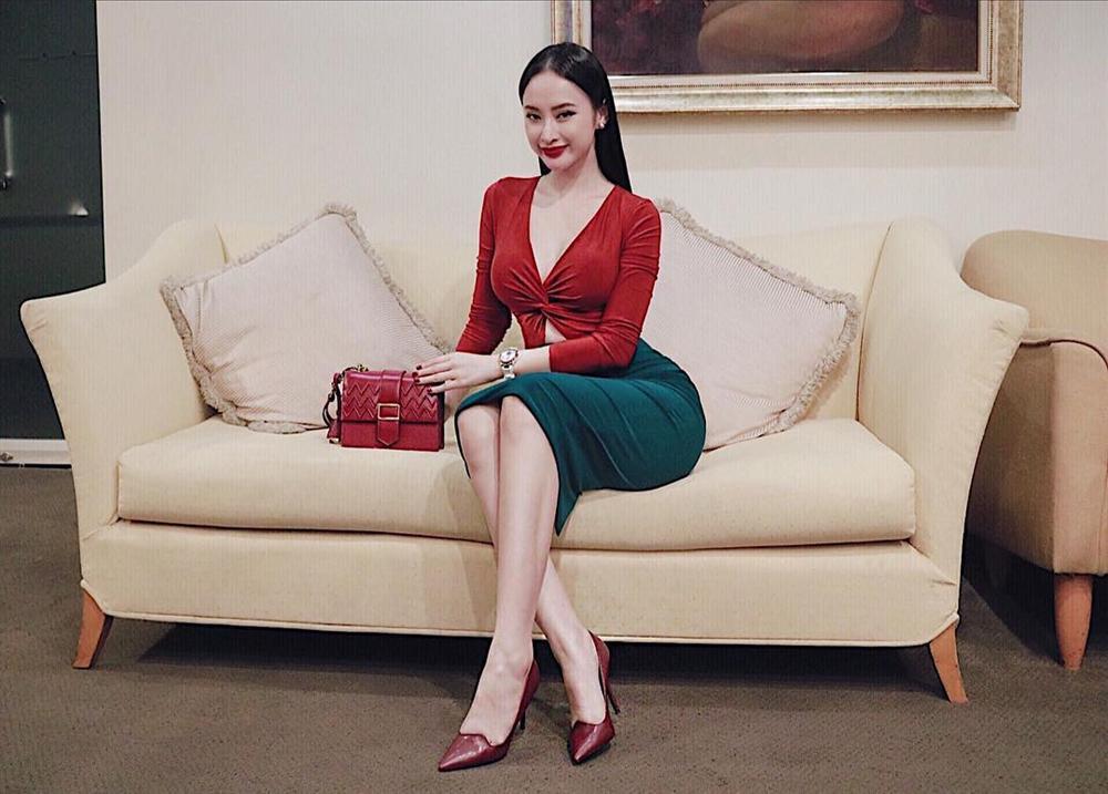 Chán style menswear, Thanh Hằng hóa tiểu thư đài các - Angela Phương Trinh khoe đường cong quá đỗi sexy-2