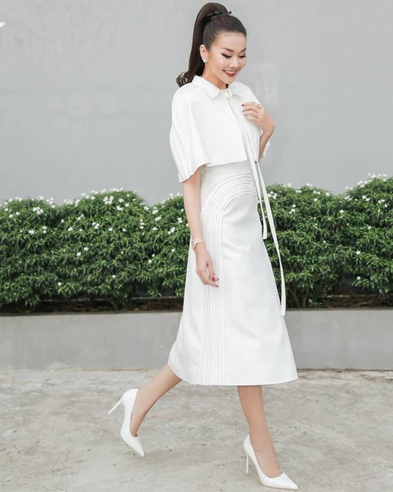 Chán style menswear, Thanh Hằng hóa tiểu thư đài các - Angela Phương Trinh khoe đường cong quá đỗi sexy-7