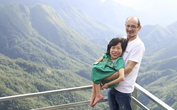 Chuyện tình định mệnh của cô gái Việt nhỏ bé lọt thỏm trong vòng tay chàng kỹ sư Úc-2