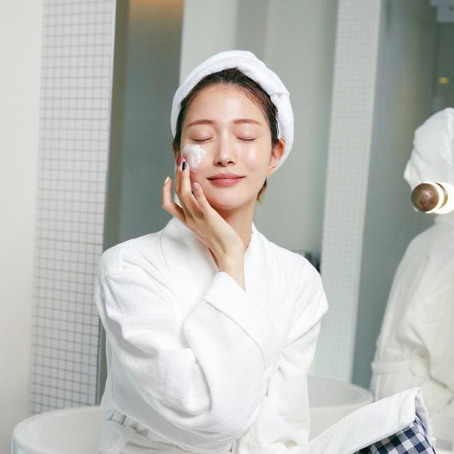 Chia sẻ bí quyết chăm sóc da trắng mịn, sạch mụn với chi phí chỉ dưới 50k-8