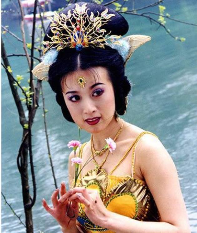 Công chúa của Tây Du Ký: Đi khách đại gia, ngoại tình với Trương Quốc Lập bị bắt tại trận?-1
