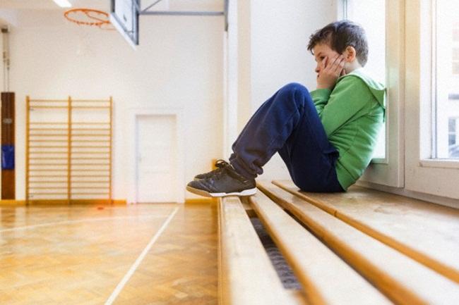 Bố mẹ bạo tay chi chục triệu để con không bị bắt nạt ở trường-1