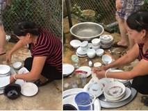 Bắt con trai rửa bát cùng vợ không được, mẹ chồng xắn tay vào giúp: