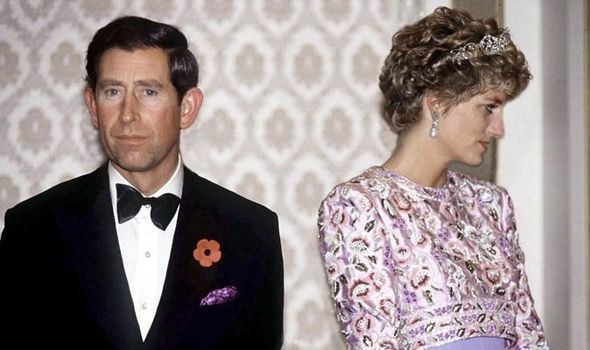 Hé lộ khoảnh khắc cuối cùng đánh dấu cuộc hôn nhân chấm hết giữa Công nương Diana và Thái tử Charles-2