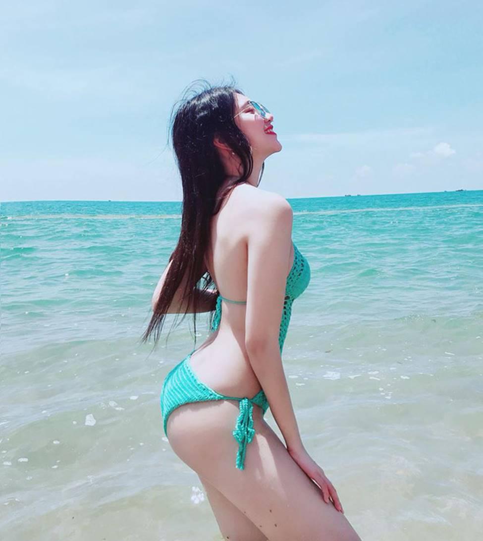 Hot girl Đà Nẵng và cô em út họ Hồ đẹp xuất sắc với bikini-18