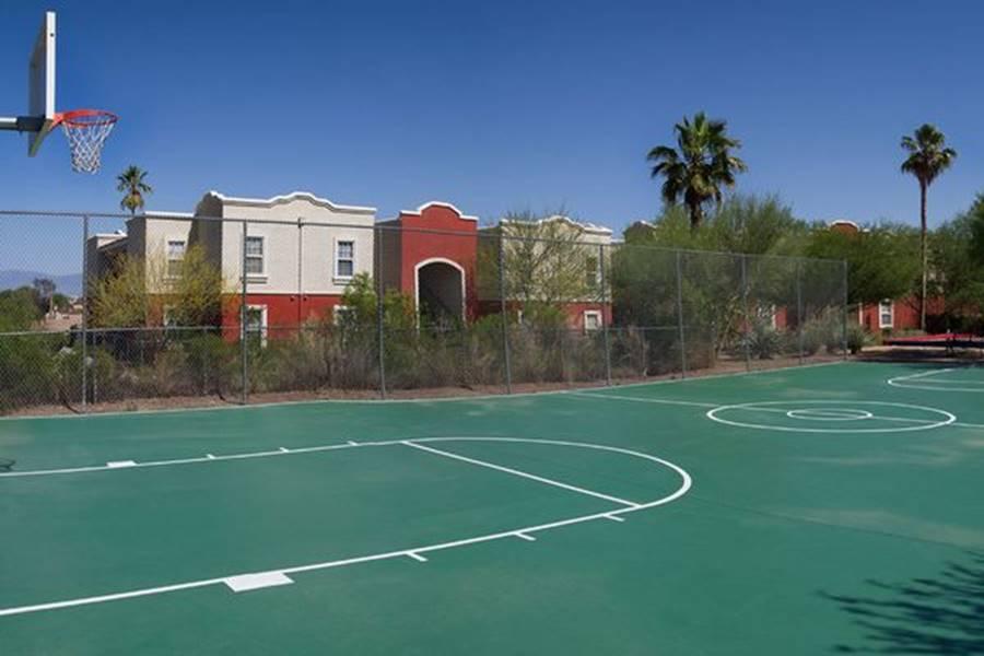 Ký túc xá nước nhà người ta: Xịn như khách sạn 5 sao, có đầy đủ sân thượng, bể bơi, giá thuê lên đến 17 triệu/tháng-24