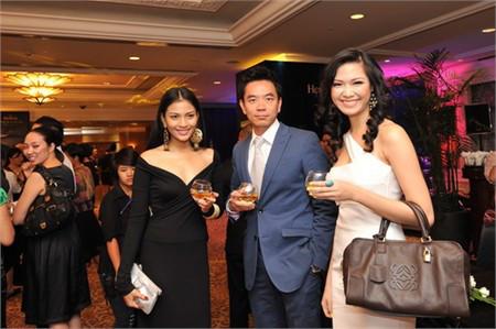 Cuộc sống lặng đến khó hiểu của Thùy Dung sau 10 năm đăng quang Hoa hậu Việt Nam-4
