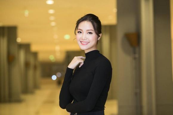 Cuộc sống lặng đến khó hiểu của Thùy Dung sau 10 năm đăng quang Hoa hậu Việt Nam-12