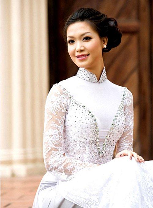 Cuộc sống lặng đến khó hiểu của Thùy Dung sau 10 năm đăng quang Hoa hậu Việt Nam-2