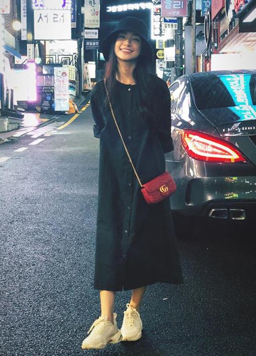 Bộ sưu tập túi hiệu của Hòa Minzy tăng vùn vụt trong một năm-5