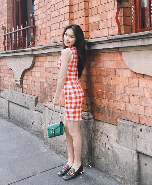 Bộ sưu tập túi hiệu của Hòa Minzy tăng vùn vụt trong một năm-6