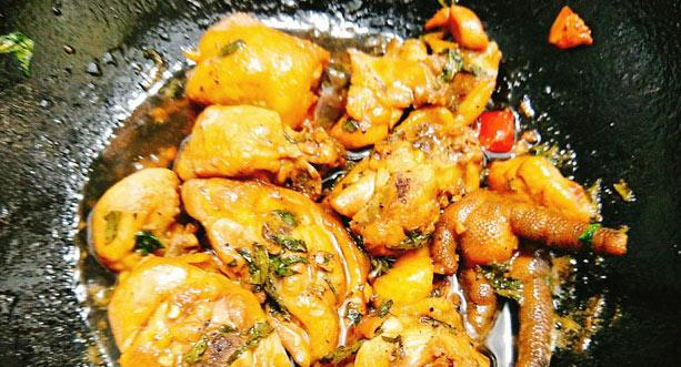 Thử ngay món gà kho kiểu mới đậm đà, thơm ngon cho bữa tối trọn vị-3