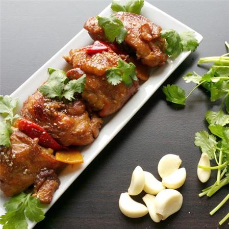 Thử ngay món gà kho kiểu mới đậm đà, thơm ngon cho bữa tối trọn vị-4