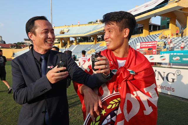 Trung vệ Bùi Tiến Dũng háo hức chờ đợi Thể Công trở lại V-League-1