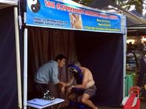 Người Việt sang Úc hành nghề mat-xa đấm bóp, kiếm 300 đô mỗi ngày
