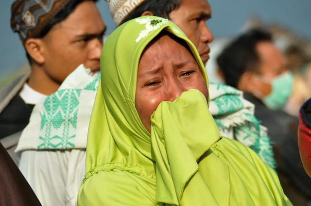 Nạn nhân kể khoảnh khắc kinh hoàng động đất, sóng thần tấn công Indonesia-1