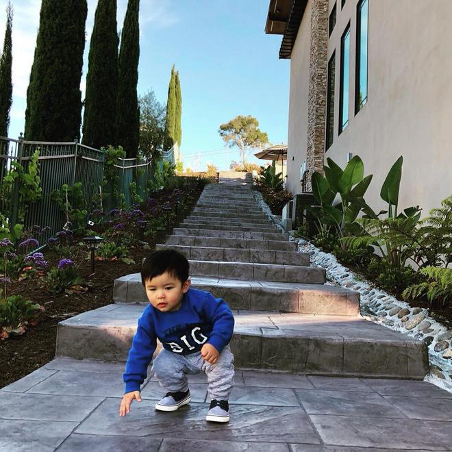 Cuộc sống trong biệt thự triệu đô của con trai Đan Trường: Vú em phải biết 3 thứ tiếng-6
