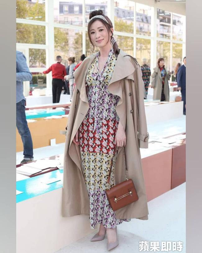Ngô Cẩn Ngôn mặc đẹp nhưng kém sang vì quá gầy, Xa Thi Mạn nhờ nhan sắc xinh đẹp vớt vát một ca mặc sến tại Paris Fashion Week-5
