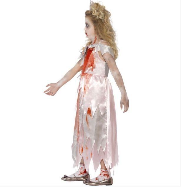 Gia đình Kate bị chỉ trích dữ dội, dư luận đòi tẩy chay vì bán bộ váy đẫm máu cho trẻ em gợi nhắc đến Công nương Diana quá cố-1