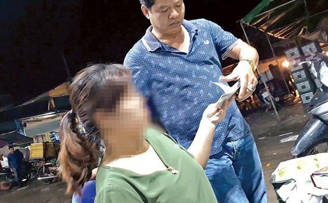 Nghi vấn bảo kê tại chợ Long Biên: Khởi tố vụ án cưỡng đoạt tài sản-1